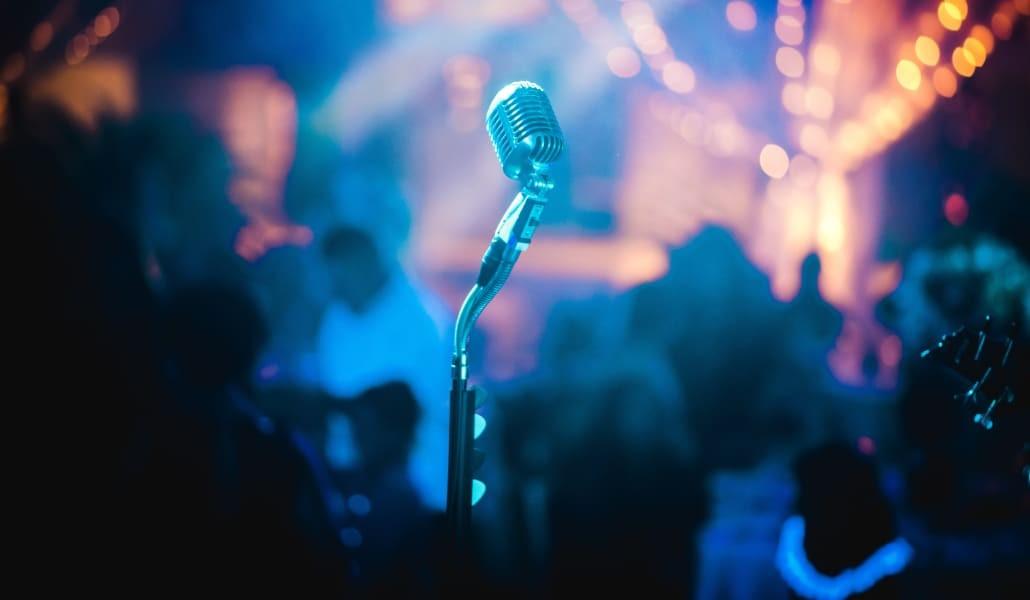 Pourquoi et comment organiser une soirée karaoké